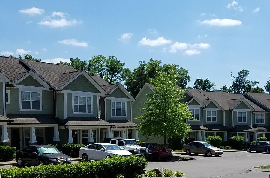 Lincoya Bay Townhomes rental community in Nashville, TN
